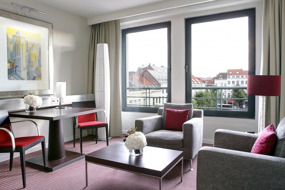 Sofitel Brussels Europe Sbe Junior Suite Living Room
